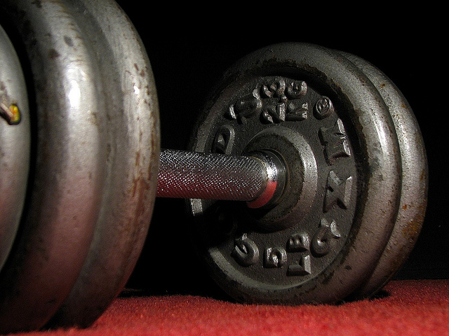 Lifting weights makes me smile. So happy to have it in my fitness routine.  Image by Barry Miller via Flickr/CreativeCommons.