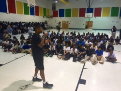 Jameis Winston talks to students about the importance of having confidence, staying in school and making good grades. (Photo by: Chanda Temple)