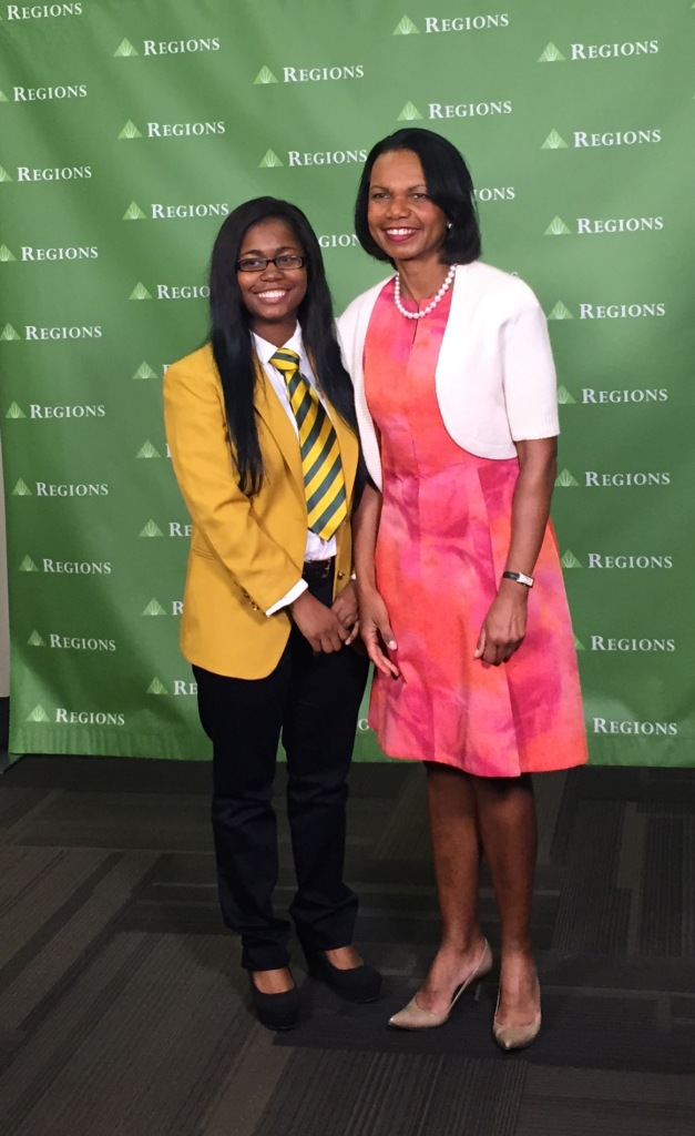 Woodlawn High School Senior Jade Williams and Condoleezza Rice. (Photo by Chanda Temple)